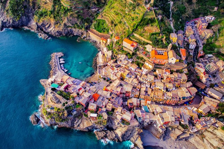 Vernazza, cinque terre, italy by jcourtial